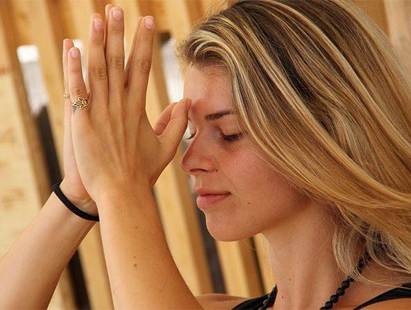 """ODAKA Yoga, l'""""ONDA"""" danzante di Charlotte Lazzari"""